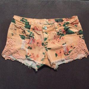 Vanilla Star Floral Shorts